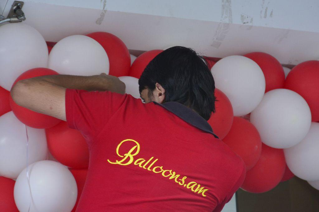 www.balloons.am